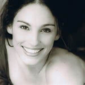 amy jo johnson twitter - Bing images