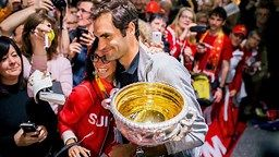 Roger Federer claims Andre Agassi lied in his book back in 2009   ... via GIVEMESPORT http://www.givemesport.com/1251517-roger-federer-claims-andre-agassi-lied-in-his-book-back-in-2009