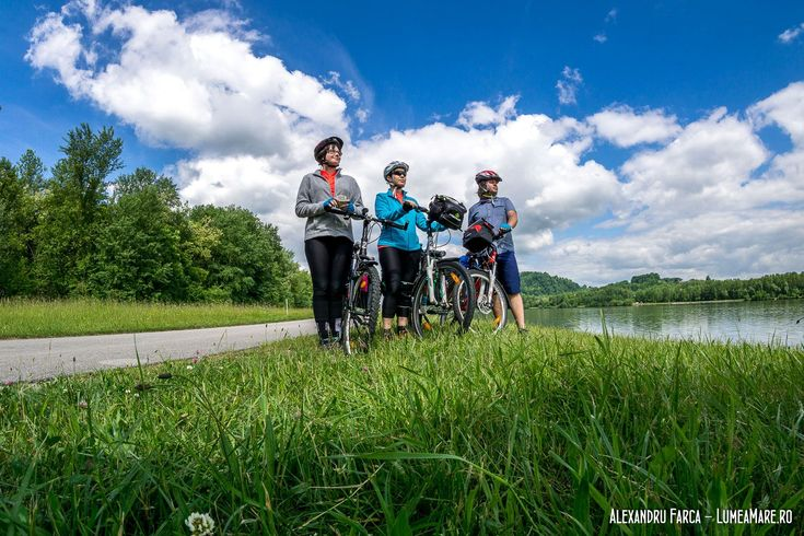 Cu familia pe biciclete, între Passau și Viena