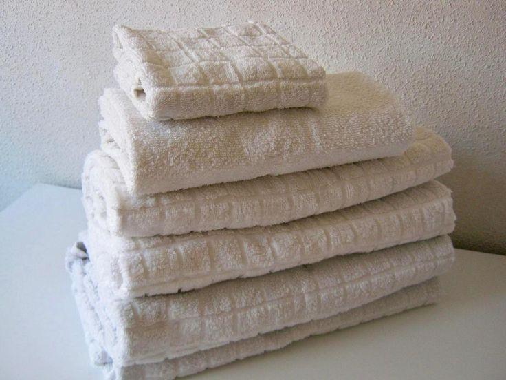 Las 25 mejores ideas sobre doblar toallas en pinterest - Como doblar jerseys para que ocupen poco ...