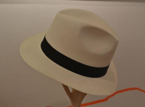 Sombrero superfino de palma de Iraca por solo $121.000 pesos en #MambeShop
