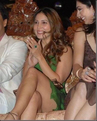 Images of kim sharma in upskirt
