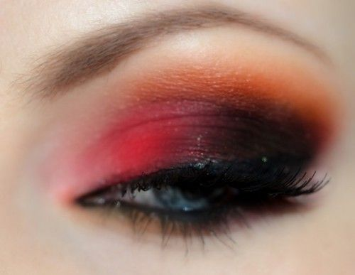dark red orange smokey eye - I've done something like this before and it looks good. Must include the orange next time!