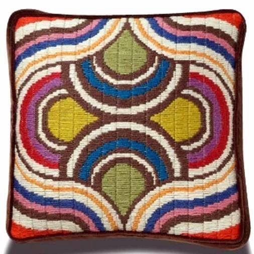 Bargello-Kaleidoscope-Pillows-736395.jpg (506×506)