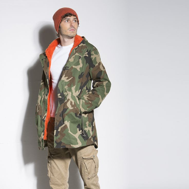 PARKA CAMOUFLAGE ORANGE #parka #italogy #italogyofficial #madeinitaly #authentic #italian #couture #musthave #man #camouflage #orange