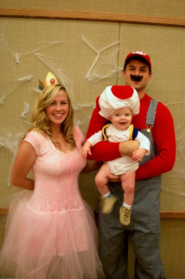 120 best halloween images on pinterest costume halloween princess peach with crown and mario bros costumes solutioingenieria Image collections
