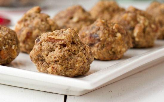 vegan Christmas cookies (nutcracker cookies!)