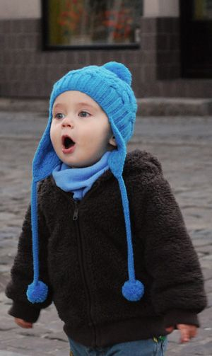 petite purls ear flap cable hat *Free Pattern | Baby hats ...