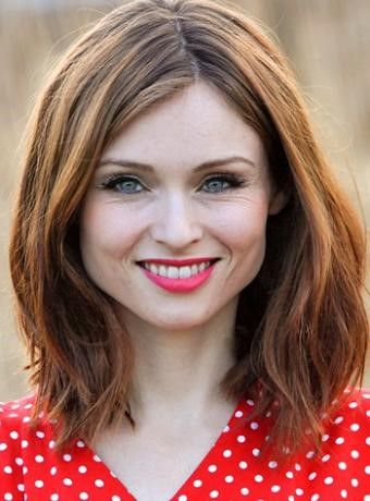 Sophie Ellis-Bextor Hairstyles for Pear-Shaped face