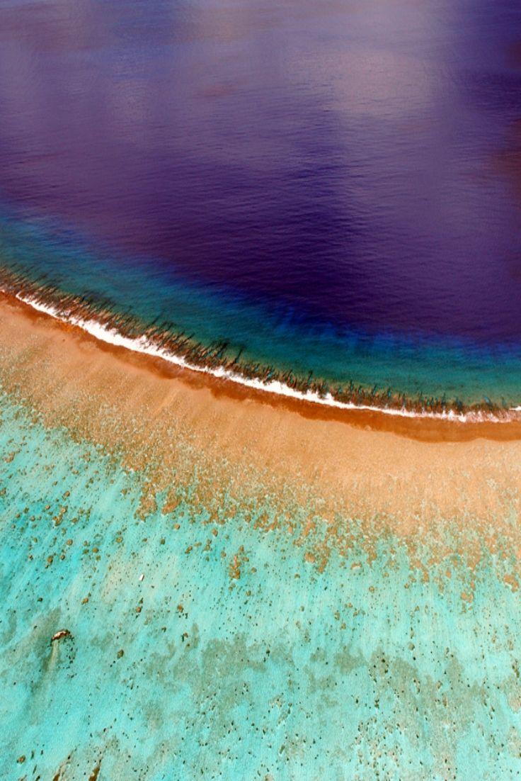 Fantastic aerial view of Bora Bora' s coral reef!