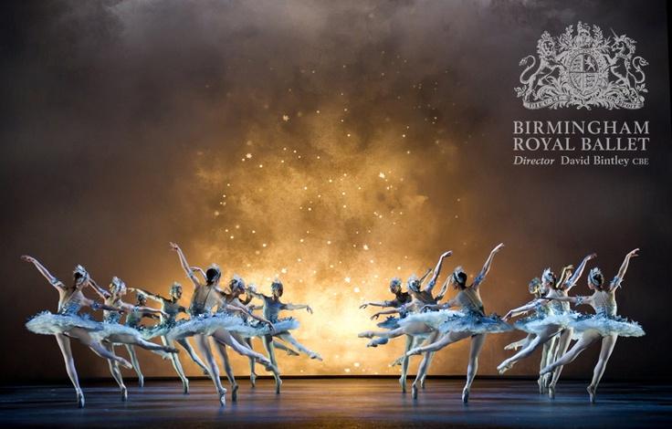 Birmingham Royal Ballet - Cinderella: Artists of Birmingham Royal Ballet as Stars; photo: Bill Cooper