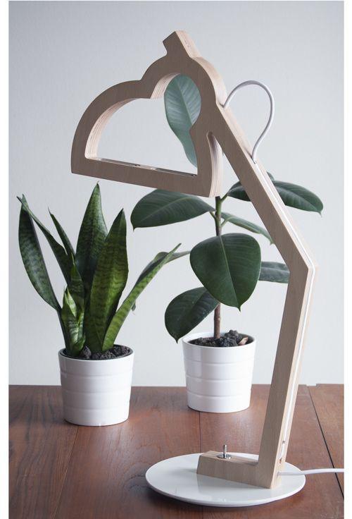 LYSA - Plywood lamp - Led - Design Julie Gasiglia BÝFLUGA ICELAND