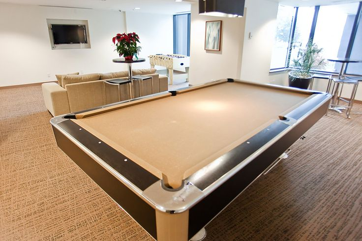 9 Smithe Mews Amenities - Pool Table