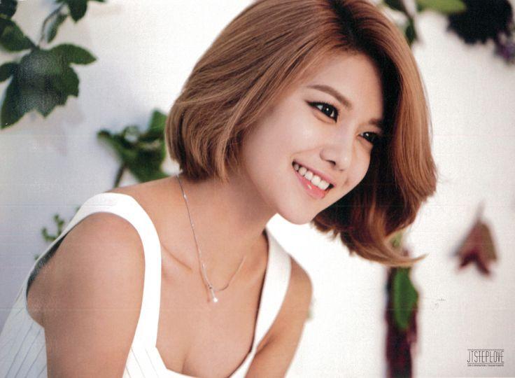Choi Soo-young 최수영 February 10, 1990 Gwangju, Gyeonggi, South Korea. Kpop Artist, Actress.