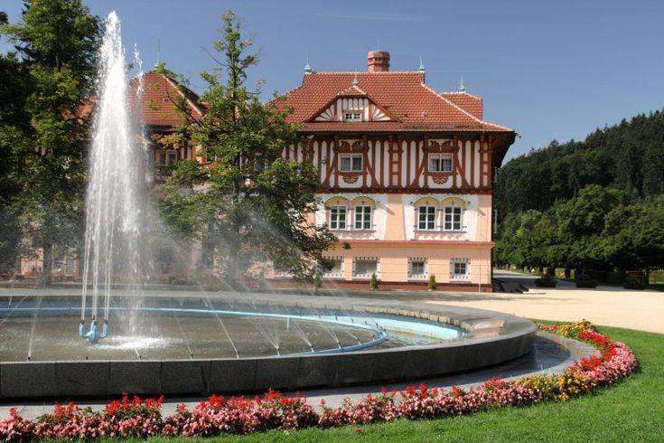 Lázeňský hotel JURKOVIČŮV DŮM**** | Luhačovice - adresář podnikatelů, firem a institucí