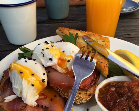 30 breakies-must-have's of you are in Melbourne. I'm actually going there tomorrow, so I shall try!! :)