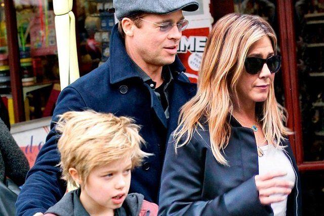 Image Jennifer Aniston And Brad Pitt Together Again New Idea Brad Pitt And Jennifer Brad Pitt Jennifer Aniston Brad Pitt