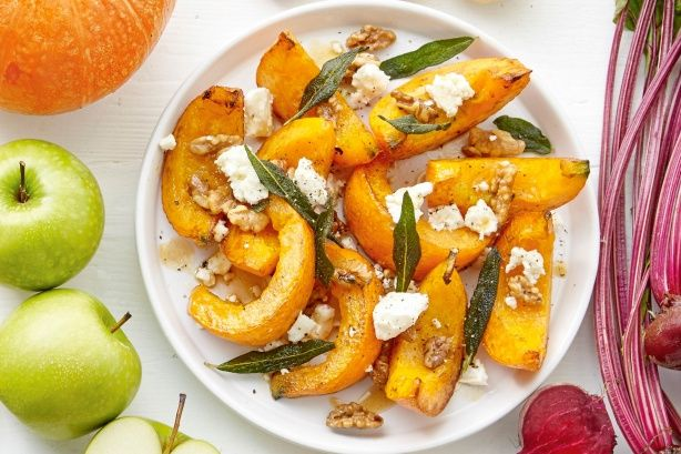 Pumpkin wedges with feta - These pumpkin wedges make a fantastic accompaniment to a winter roast.