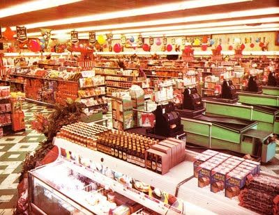 Pleasant Family Shopping: An Endearing Late Fifties Publix