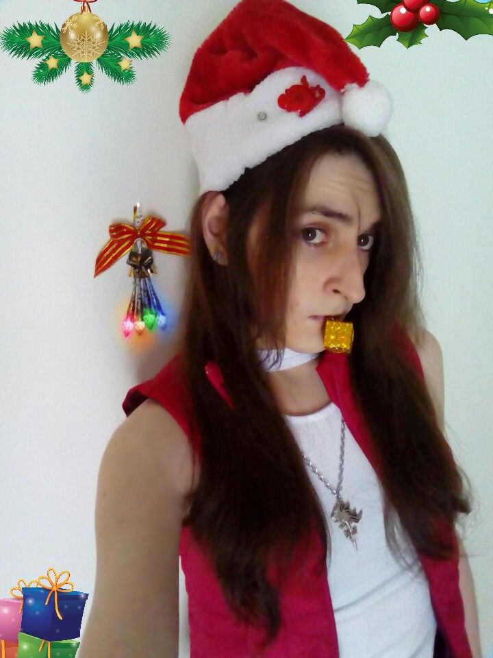 Christmas Fem Squall Leonhart from Final Fantasy VIII - Cosplay. Merry Festive Seasons! WarGreyLeonhart as Fem Squall