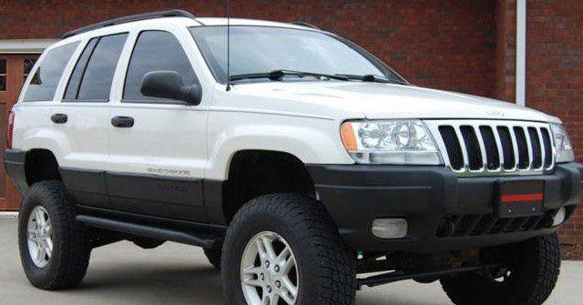 WJ Rock Sliders | Classic | Jeep Grand Cherokee (99-04) - JcrOffroad