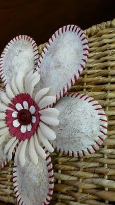 baseball Flower DIY (I would have never thot of this in a hundred years...) ... http://minnesotajunker.blogspot.com/2011/07/softball-flower.html