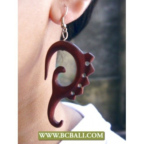 Handmade Earring Hooked Wooden Carving - fashion hooked earring wooden carving, wholesale jewellery wooden earring carving, bali shop online, indonesia manufacture jewellry wooden earring carving, handmade wooden carving earring