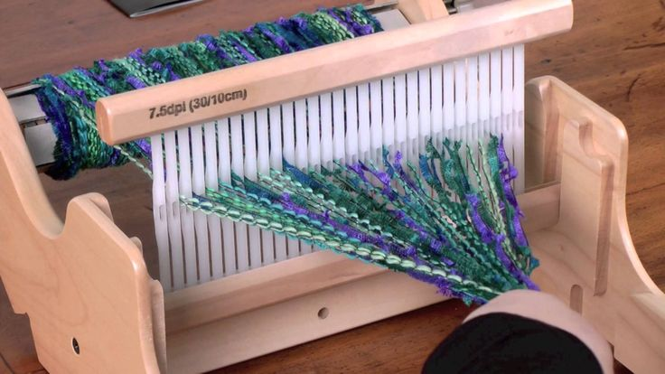 See how easy it is to warp and weave on the Ashford SampleIt Loom. The perfect loom for new weavers and great for sampling all the gorgeous yarns available t...