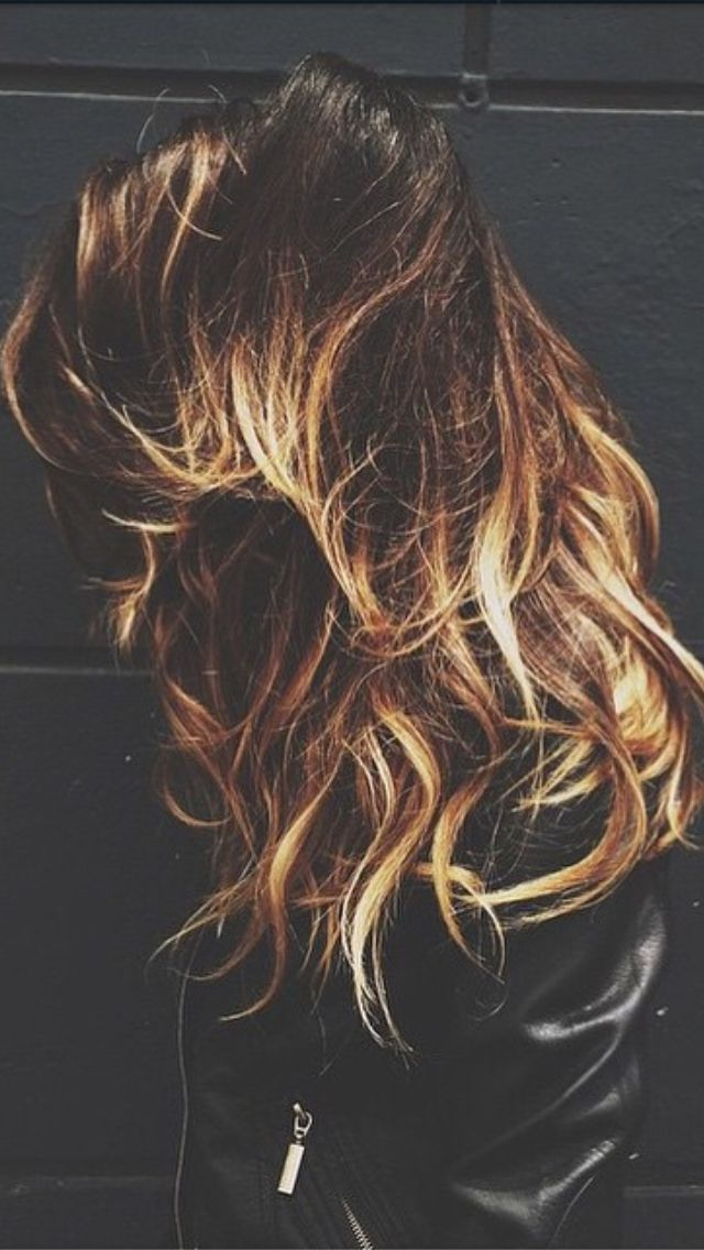 #tortoiseshell hair, I want it! Couldn't find this pic anywhere except instagram, credit to @thebeautydept.