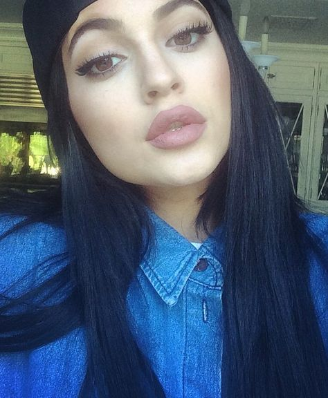 Why everybody is freaking out about Kylie Jenner's lips