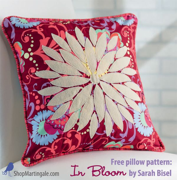 In Bloom free flower pillow pattern - so easy great for beginning sewists! & 68 best Free patterns! images on Pinterest   Free pattern ... pillowsntoast.com