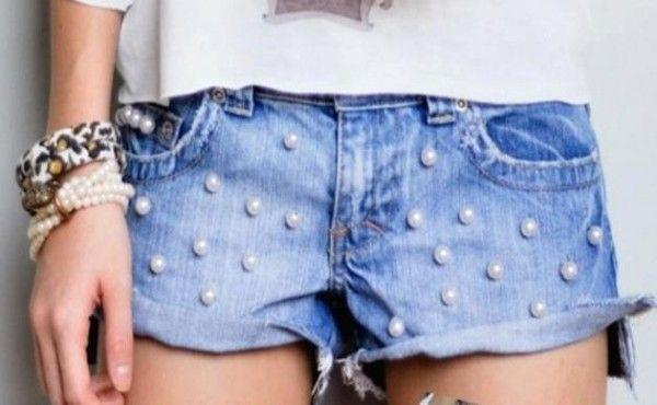 Carnaval    Aposte nos looks com shorts jeans customizados. Faça você mesmo short dip dyed ou com aplicações