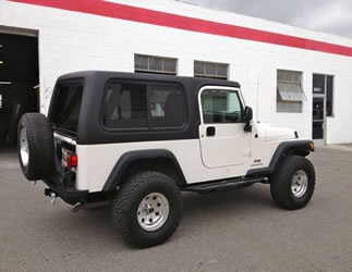 Jeep Unlimited 1 Piece Hardtop with sliding side windows for 2004-2006 Jeep Unlimiteds (Rally) $1795