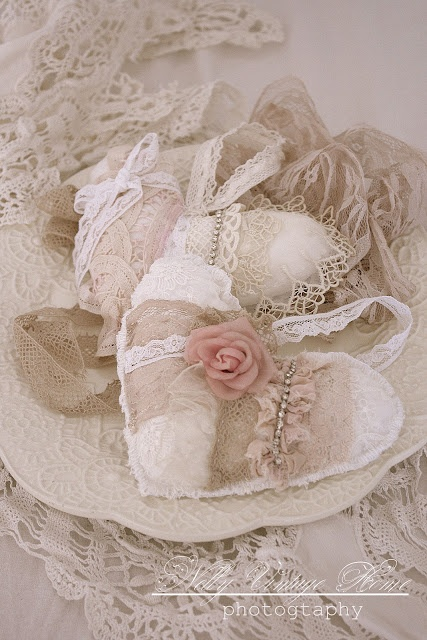 17 best images about shabby chic fabric hearts on - Vintage and chic love ...