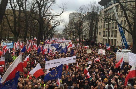 Protest Komitetu Obrony Demokracji