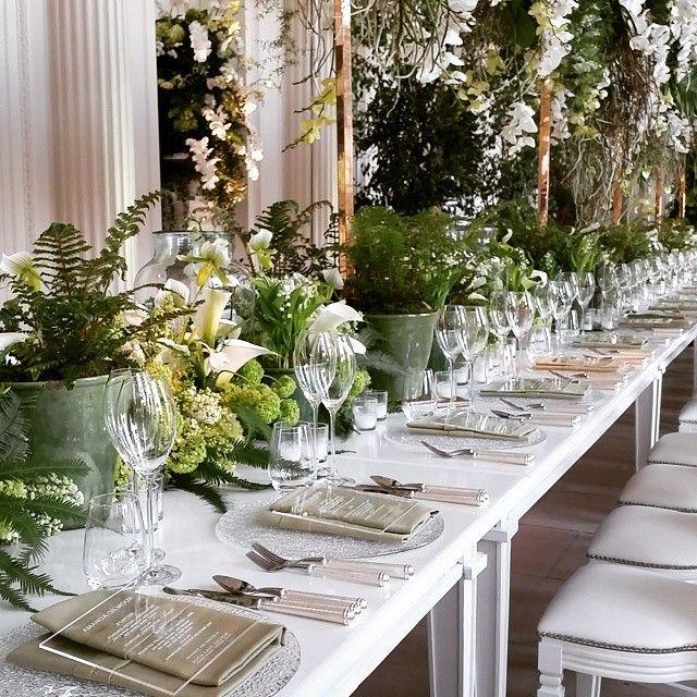 ヴァレンティノ&ルブタンの特注品♡ヒルトン姉妹ニッキーの贅沢すぎる花嫁姿にうっとりにて紹介している画像