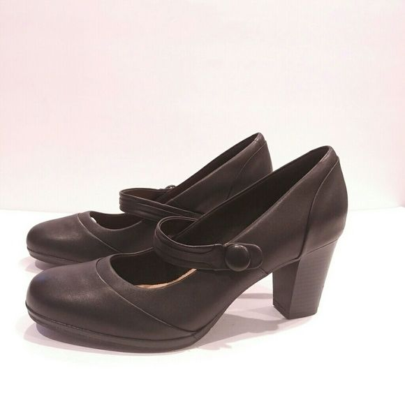 fa51705ba02 Mary Jane pumps for women Clarks Shoes