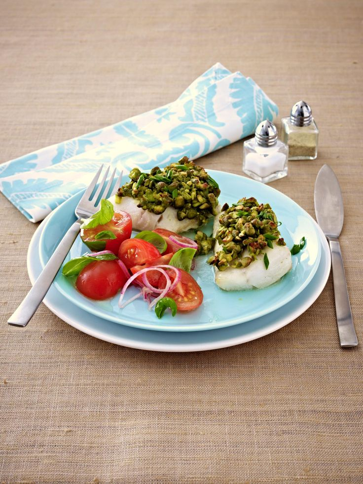 Lifesum Recipe - Pike With Pistachio Crust and Tomato Salad. Sign up for Lifesum to access the recipe.