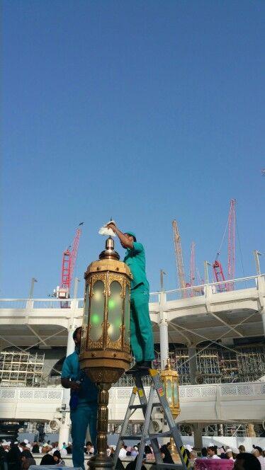 Makkah#haram#hateemlights cleaning#worldsbest job