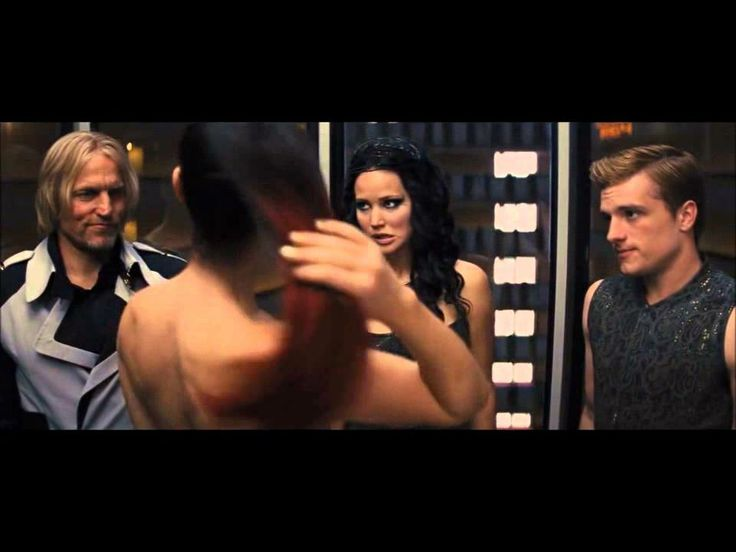1853 best catching fire images on pinterest hunger games so i didnt do this yesterday but day 6 of the 30 day hunger games challenge a scene that made me laugh catching fire funny elevator scene by far the voltagebd Gallery