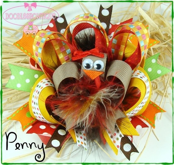 Awesome turkey hairbow for Thanksgiving.