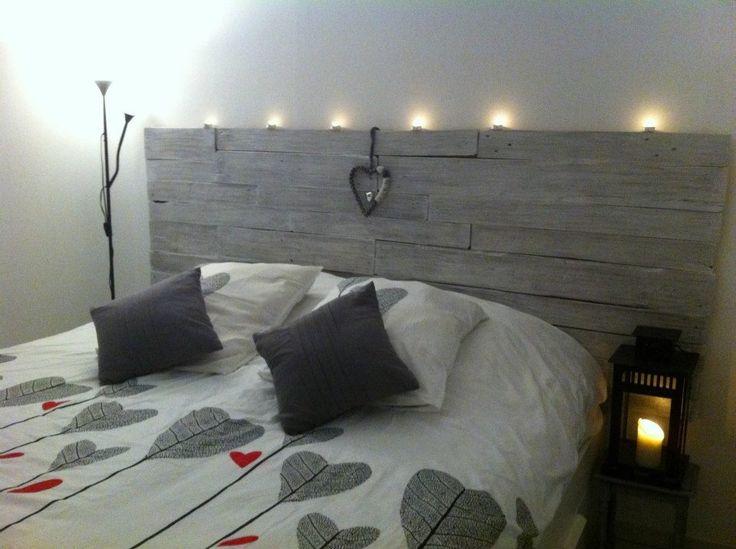 Tête de lit en bois de palette : Décorations murales par secondlife-bycarineeye
