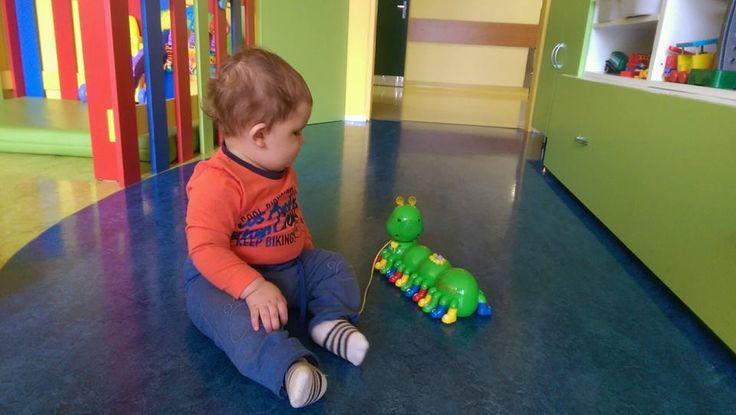 Když mají děti chuť si hrát, je to vždy dobrá zpráva. Přejeme malému brzké uzdravení a vám děkujeme za milá pochvalná slova. Těší nás, že oceňujete péči našich dětských lékařů a sester.