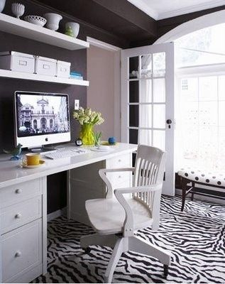 office home-office.The Doors, Decor Ideas, Floating Shelves, Offices Spaces, White Office, Offices Ideas, Zebras Prints, Home Offices Design, Dark Wall
