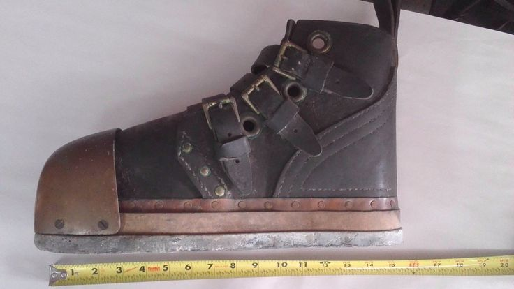 Deep Sea Diving Boot Real Deal, Leather & Brass, 20 lbs. USED dive boot vintage - http://scuba.megainfohouse.com/deep-sea-diving-boot-real-deal-leather-brass-20-lbs-used-dive-boot-vintage/