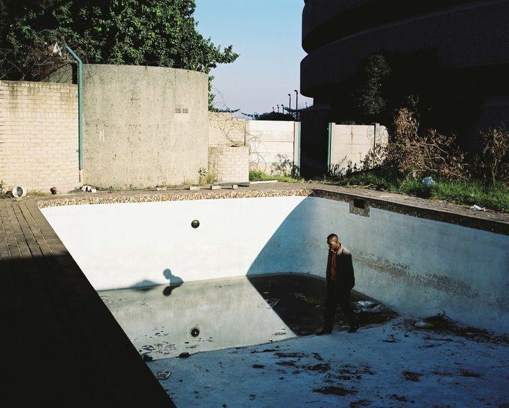 Mikhael Subotzky - Ponte City: A Portrait of Johannesburg | LensCulture