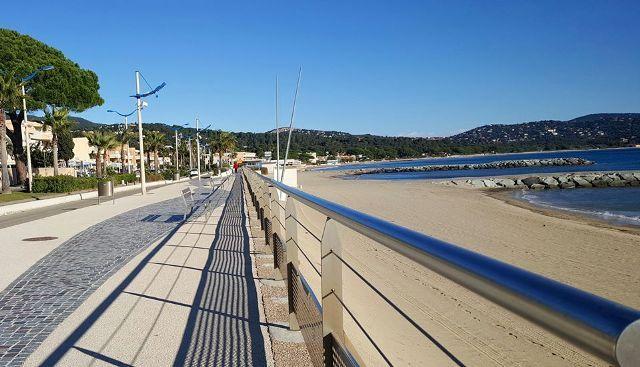 Promenade de la Mer au coeur de la baie de #cavalaire