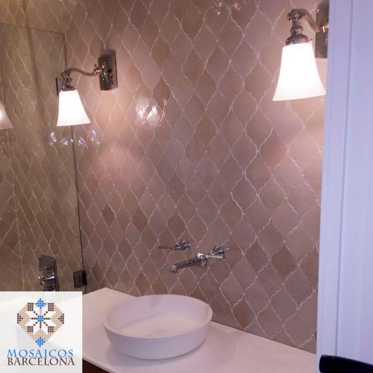 Las 25 mejores ideas sobre cuarto de ba o con mosaicos en - Azulejos mosaico bano ...