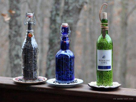 Wine Bottle Birdfeeders - 23 DIY Birdfeeders That Will Fill Your Garden With Birds