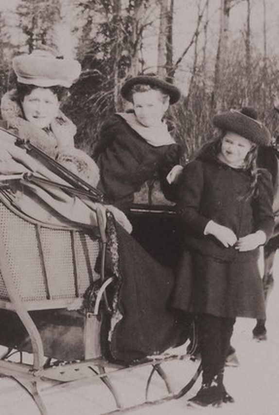 Alix, Olga and Maria
